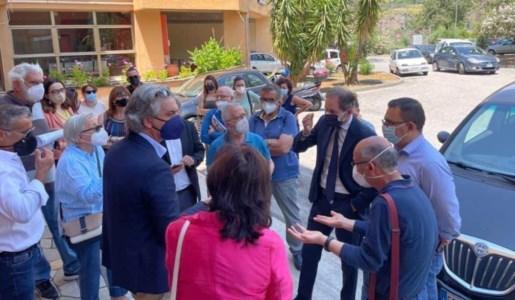 Ospedale di Cetraro, poco personale: rischia di chiudere anche il reparto di Pediatria