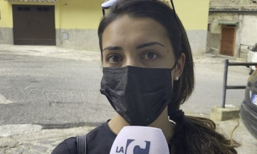 Corigliano Rossano, quartiere invaso da pulci e zecche: monta la protesta dei residenti