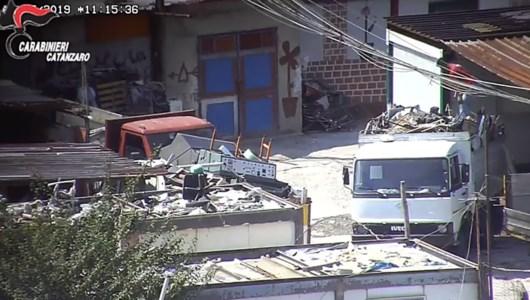 L'inchiestaTraffico illecito di rifiuti tra Calabria e Campania, 58 indagati: la Dda chiude il cerchio - NOMI