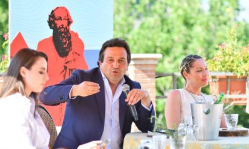 Turismo Calabria, i Bronzi come i Sassi di Matera: la Regione punta alla Carta dei 100 Marcatori identitari