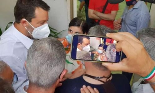 Salvini in Calabria, prima tappa a Reggio: «Mi impegno a tornare almeno una volta a settimana»