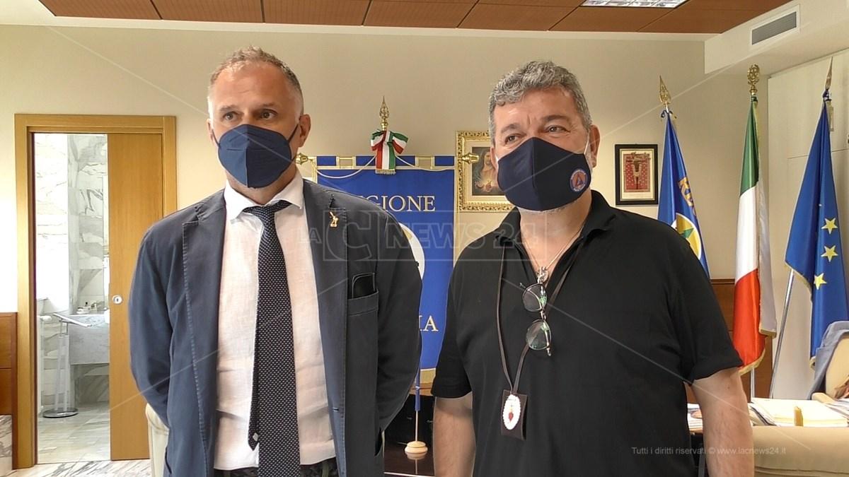 Il ministro del Turismo, Massimo Garavaglia, e il presidente ff della Regione, Nino Spirlì