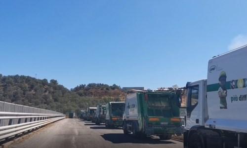 Caos spazzaturaNuova emergenza rifiuti nella Sibaritide: impianto Bucita chiuso e camion impossibilitati a scaricare