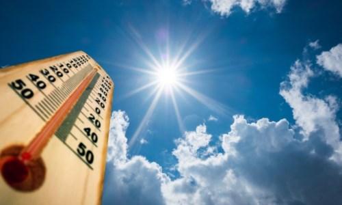 Caldo recordBollino rosso in 15 città: il picco venerdì con temperature fino a 48 gradi