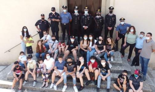 L'incontro dei carabinieri con i ragazzi di Staiti