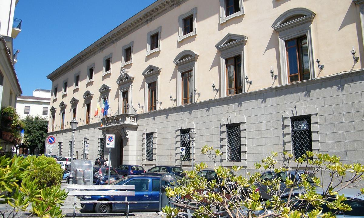 Il Comune di Catanzaro - foto Di GJo (Wikipedia)