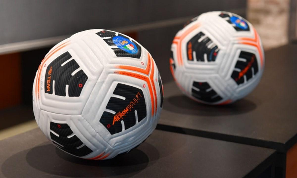 Il pallone ufficiale della stagione 2021-2022