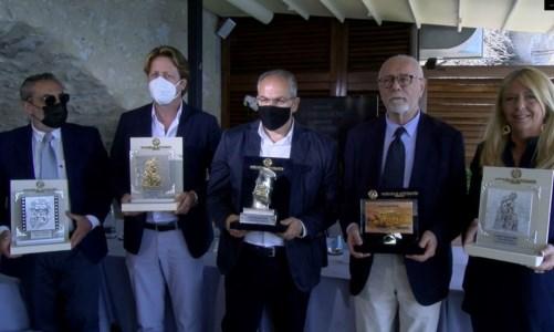 Taormina Film Fest, a realizzare i premi il maestro orafo crotonese Michele Affidato