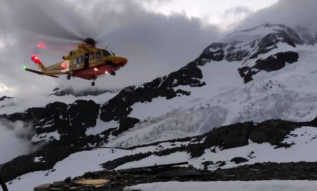 Le immagini fb del Soccorso alpino valdonastano