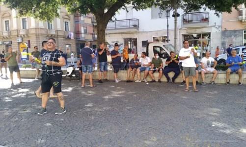 Crotone, pescatori ancora in protesta: verso un tavolo in Regione