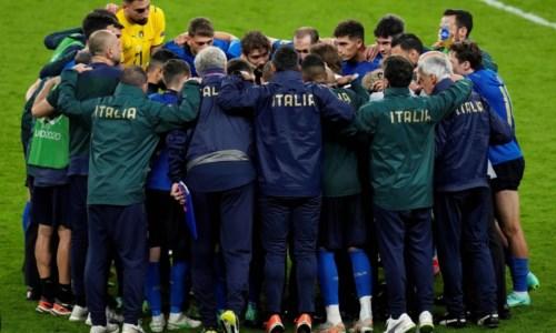 Euro 2020, allarme Covid a Coverciano: positivi tre giornalisti al seguito degli azzurri