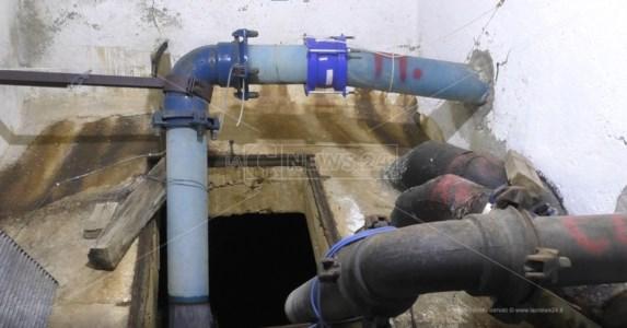 Reggio Calabria, poca acqua e troppi sprechi: ad Arghillà si cercano soluzioni per tamponare l'emergenza