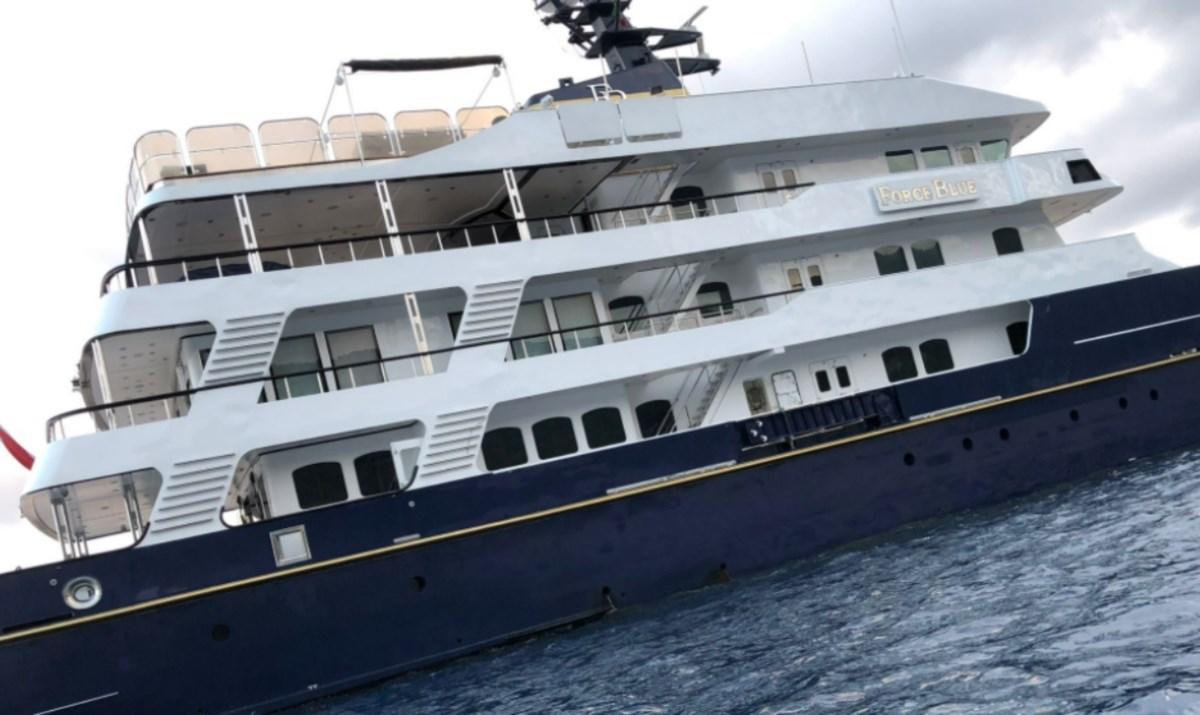 Il megayacht Force Blue