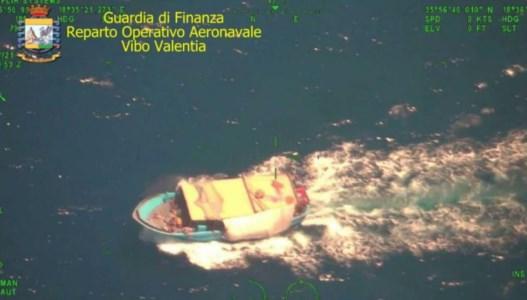 Nuovo sbarco in Calabria, 78 migranti intercettati su un peschereccio al largo di Melito