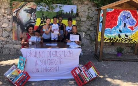Migranti, a Riace una giornata di digiuno contro le «scelte disumane» del governo Draghi