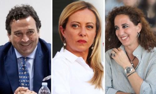 Da sinistra a destra: Fausto Orsomarso, Giorgia Meloni e Wanda Ferro