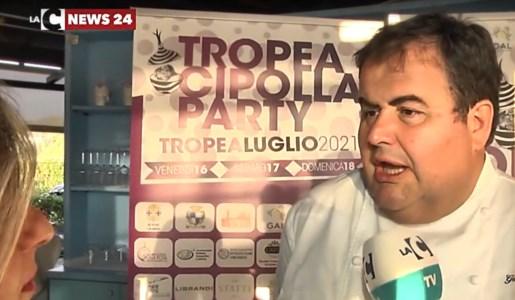 Tropea, lo chef stellato Esposito ambasciatore della cipolla rossa: «È un prodotto unico al mondo»