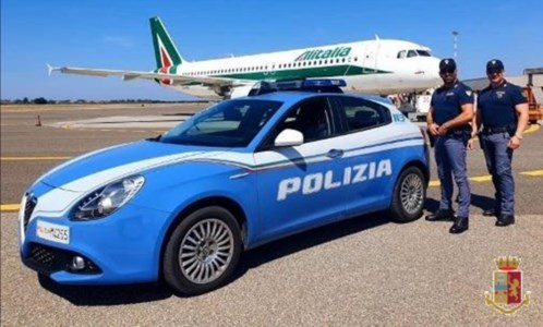 Aeroporto Lamezia, tentano di imbarcarsi per Amsterdam col certificato del tampone falso