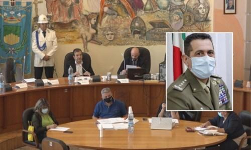 Cosenza, conferita la cittadinanza onoraria al generale Francesco Figliuolo