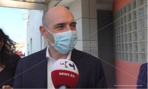 Infrastrutture CalabriaCrotone, viceministro Morelli: «Rilanceremo il porto. La statale 106? Una priorità del governo»