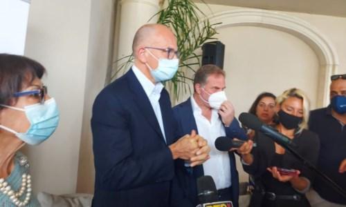 La corsa per la regioneElezioni Calabria, Letta a Gizzeria per la Bruni: «Sono sicuro che vinceremo le regionali»