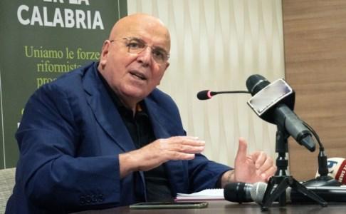 La corsa per la RegioneElezioni Calabria, Oliverio attacca il Pd: «Nessuna percorso di ascolto, candidature calate dall'alto»