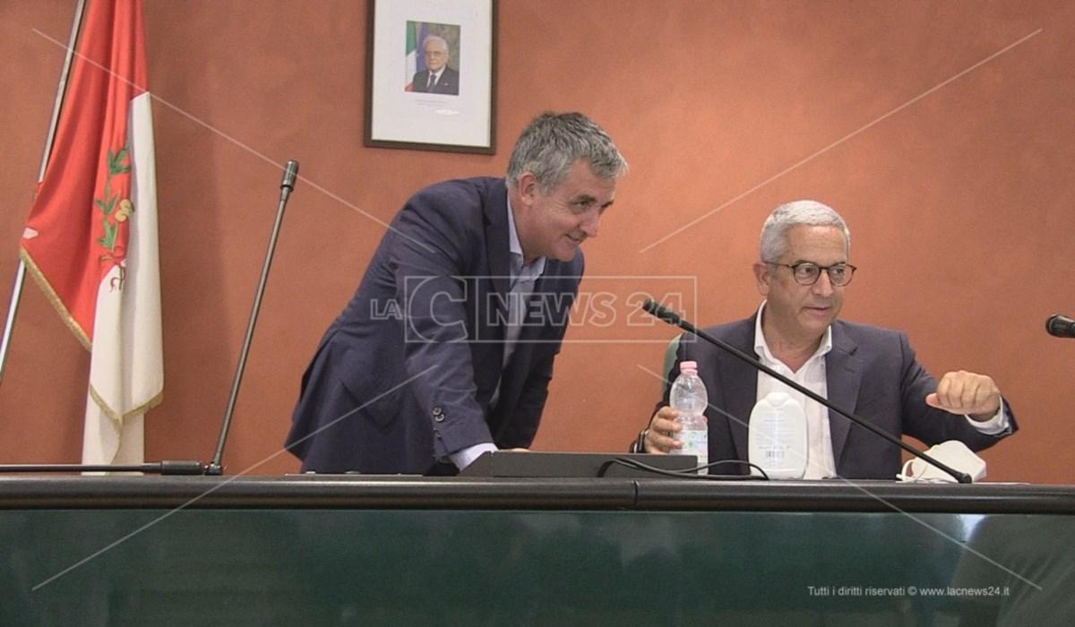 Il presidente dell'Ato Cosenza Marcello Manna con il vicepresidente Vincenzo Granata