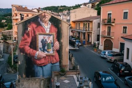 """Street artCon """"Gulìa urbana"""" i borghi calabresi diventano una tavolozza da colorare"""