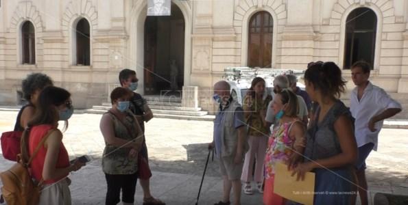 Reggio Calabria, protesta davanti al Comune dei residenti Vito Superiore per carenza d'acqua