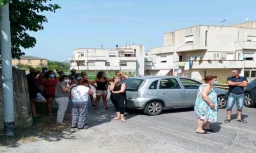 L'emergenzaCrisi idrica a Vibo Marina, i cittadini in protesta bloccano la statale