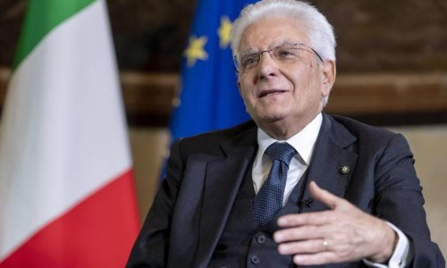 Lo sfogoCutro, in 800 scrivono a Mattarella: «Troppi disagi e disservizi, anche noi siamo italiani»