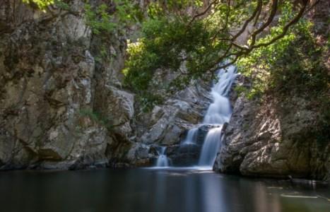 """100 posti da vedere in CalabriaMarmarico, San Nicola e """"Scialata"""": lo spettacolo delle cascate made in Locride"""
