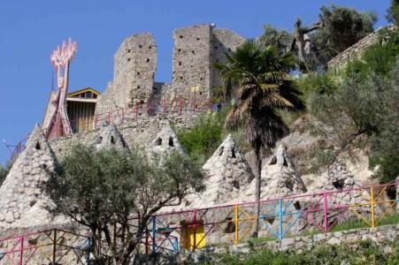 100 posti da vedere in CalabriaMuseo Santa Barbara: a Mammola la fabbrica dei sogni di Nik Spatari
