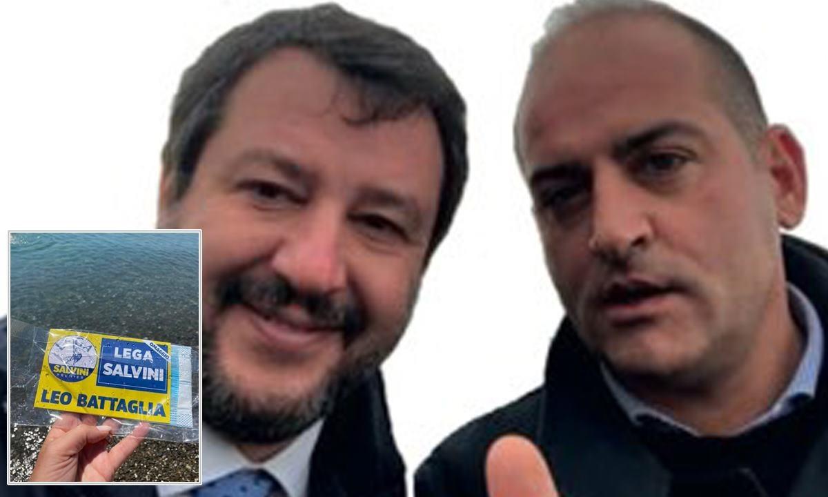Salvini e Battaglia. Nel riquadro, una delle bustine lanciate dall'elicottero