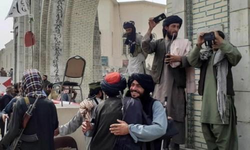 Miliziani talebani a Kabul