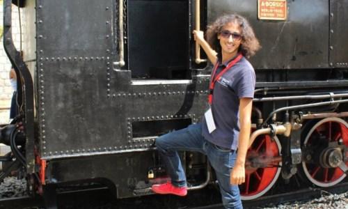 Roberto, lo scapigliato signore dei treni con la Calabria nel cuore