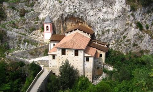 Il Santuario della Madonna di Costantinopoli a Papasidero