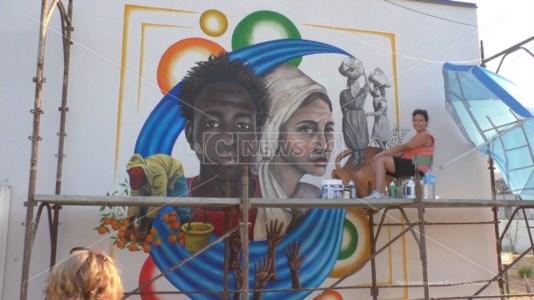 Sara e il suo murales