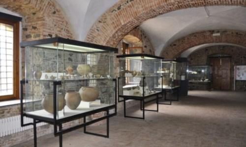 """Estate GioieseGioia Tauro, al Museo Mètauros """"La Gioja medievale. Johe dal reperto alla città: Economie, traffici, gusti"""""""