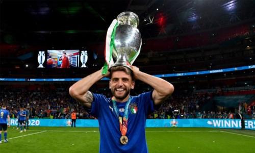 Il riconoscimentoIl campione del Sassuolo Berardi premiato dalla sua Bocchigliero: ecco il videomessaggio