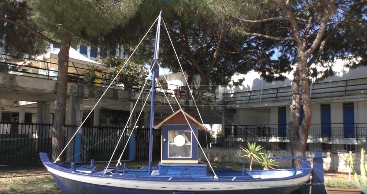 Barca Biblioteca al Waterfront di Reggio Calabria