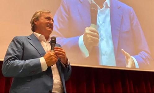 Elezioni CalabriaRegionali, Brugnaro (Coraggio Italia) a Soverato: «Siamo con Occhiuto, affronterà le cose con tenacia»