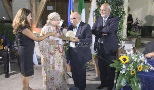 Luciana Boccardi riceve il Premio Letterario Città di Amantea 2021