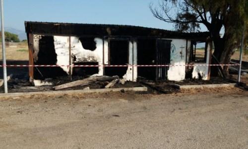 Incendio doloso al Parco archeologico di Sibari, il sindaco di Cassano: «Combattiamo insieme»