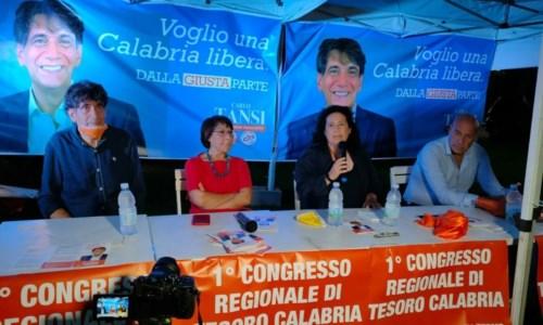 Amalia Bruni al tavolo con Calo Tansi