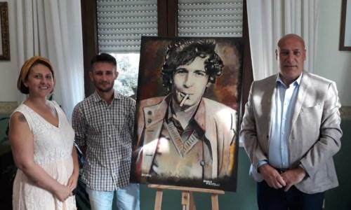 L'omaggioCrotone, un ritratto raffigurante Rino Gaetano donato alla città
