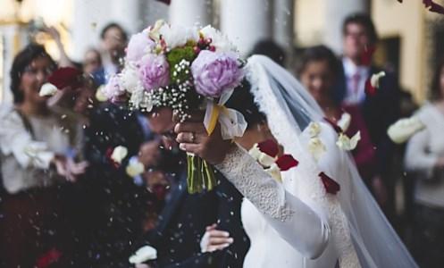 La causaBand non si esibì al loro matrimonio: maxi  risarcimento per due sposi di Tropea