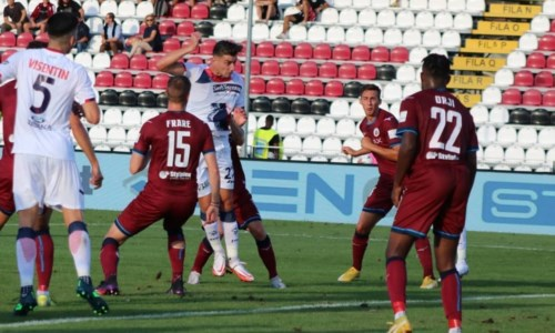 Squali sconfittiSerie B, trasferta amara per il Crotone: a Cittadella finisce 4-2 per i granata