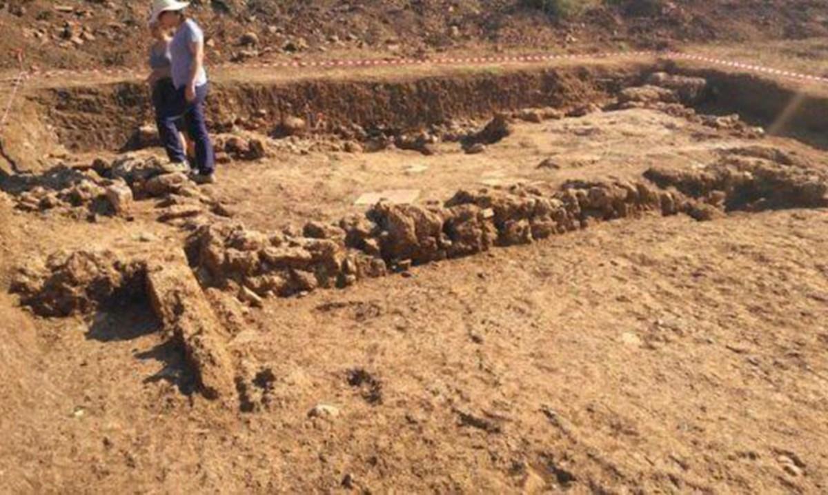 Gli scavi a Laino Borgo