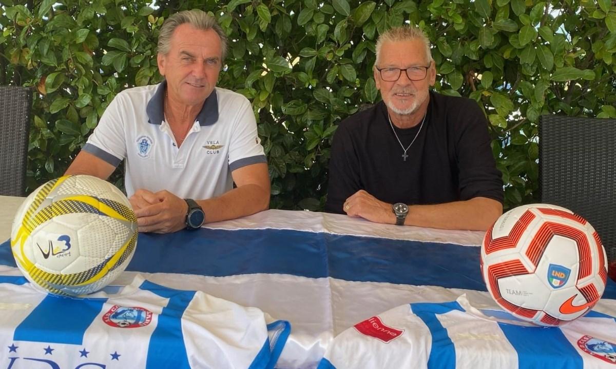 Mario Varca insieme a Stefano Tacconi (foto Sangiovanni)